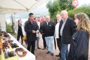 Le maire de la Perle des Vosges et les représentants de la Municipalité étaient tout de même présents à l'inauguration de la fête samedi matin