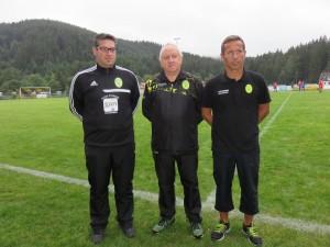 De gauche à droite : Mickaël Clément, Marc Grenier membre du staff de l'ASG, et Manu Perrin