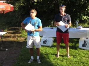 Yves Grossier (à gauche) a tenu à remercier les sponsors du club ainsi que les bénévoles, la Municipalité et les juges arbitres des tournois estivaux avant de laisser la parole à Thierry Germain