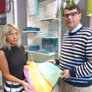 Paul De Monclos et Sylvie responsable des magasins