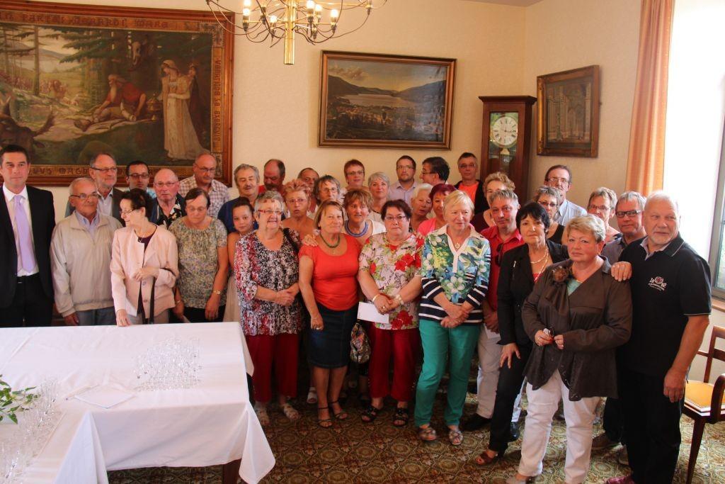 Les participants réunis lors de la cérémonie qui s'est déroulée ce dimanche