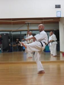 Rémi Deluche mène les entraînements à la Halle des Sports