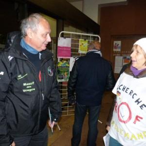 Rencontre entre Valérie Surel porte parole des parents et le proviseur Bernard Kried