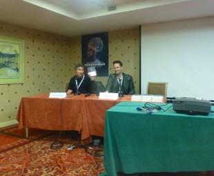 Le journaliste Baptiste Liger à gauche et l'auteur Jérémy Fel à droite, à la rencontre du public.