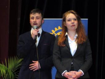 Bravo à nathan & Maria qui donne la victoire à leur lycée !