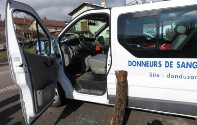 Vandalisme véhicule Donneurs de sang (2)