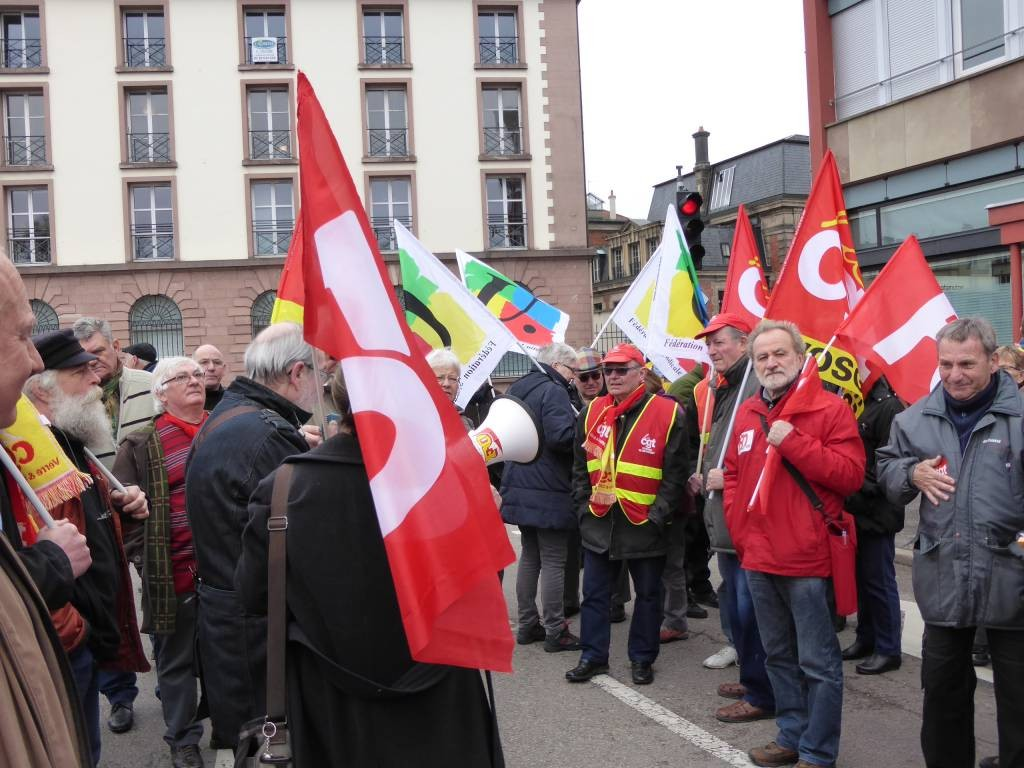 manifestation maternité remiremont