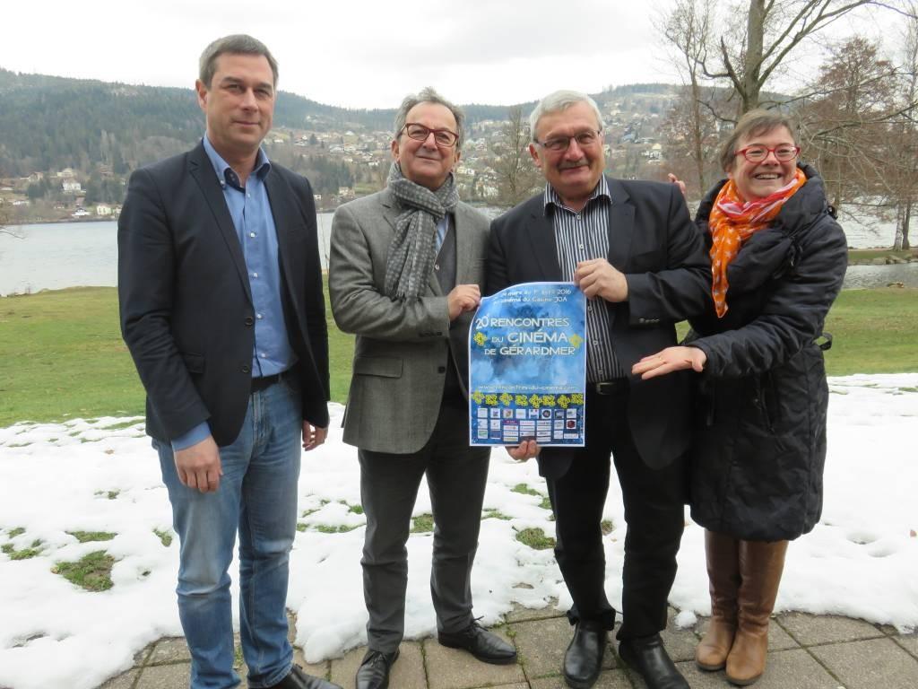 Le maire gérômois Stessy Speissmann, Denis Blum, Hervé Badonnel et l'adjointe à la culture Anne Chwaliszewski