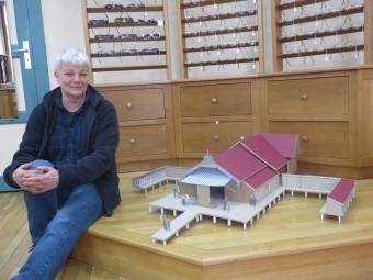 Ctaherine Georgel a préparé une maquette de l'ancienne version de l'Union nautique spécialement pour l'occasion