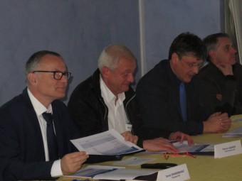 Daniel Grandemange, président de HVI (à gauche)