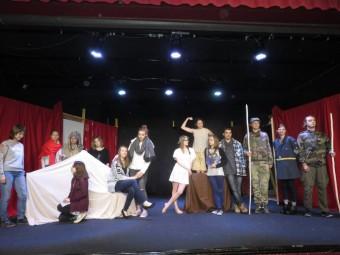 Atelier théâtre de la Haie Griselle 2016 (2)