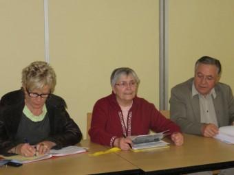 La présidente sortante Bernadette Romain (au centre)