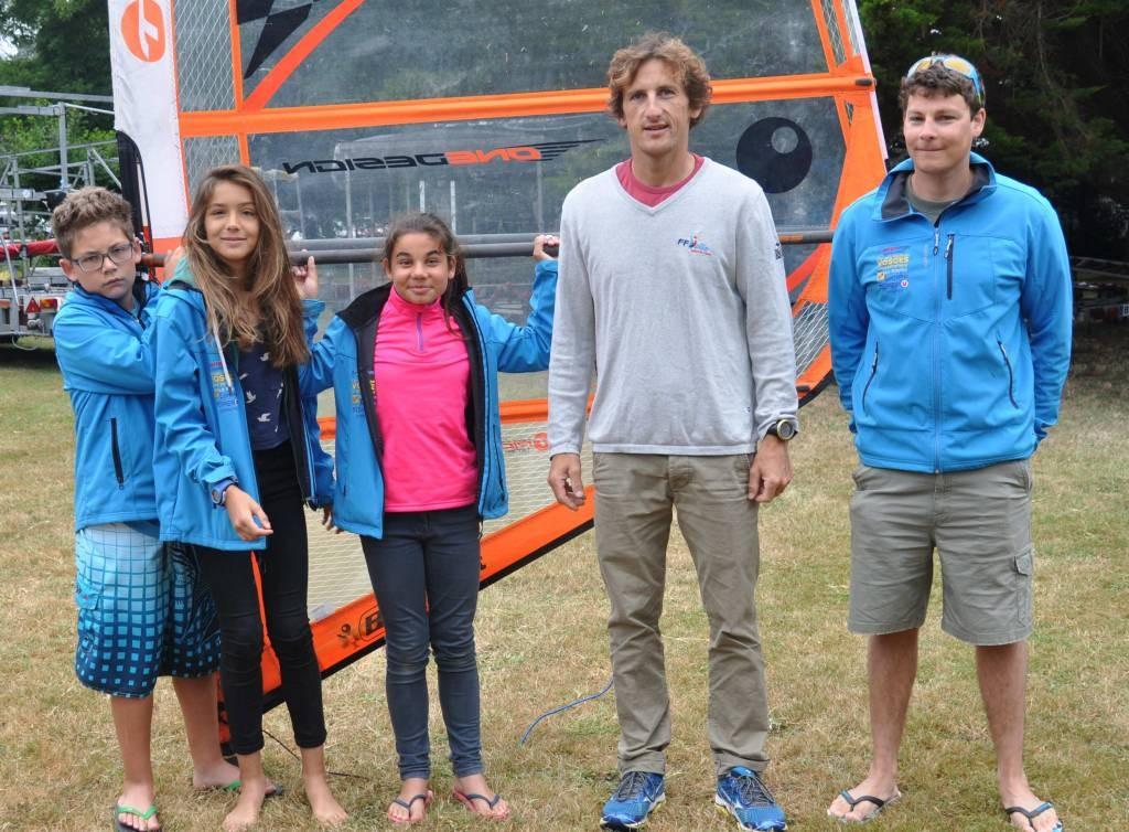 Tom, Pauline et Mélusine avec Julien