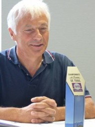 Michel Lavest veille sur le témoin