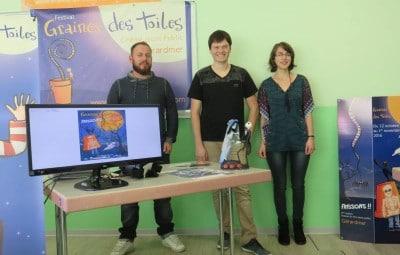 Loïc Moresi (au centre), Justine et le coordinateur du secteur jeunesse Julien Thibault