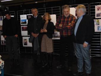 Annabelle Soudière en compagnie de Pierre Sachot et de l'adjoint au maire Jean-François Duval, sans oublier le représentant du crédit Mutuel (à gauche)
