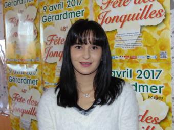 Laura Houot – 23 ans. Habite à Gérardmer, actuellement assistante de vie dépendance à l'ADMR de Gérardmer.