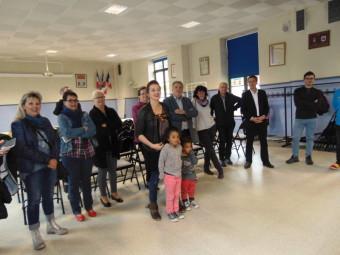Famille, amis et prtenaires de Fabien Marotel se sont réunis en mairie pour lui souhaiter bonne chance à moins d'un mois du grand départ