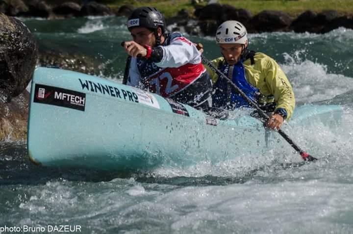 S lections equipe de france cano kayak descente louis for Club piscine pointe claire