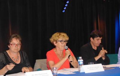 L'adjointe à la culture Anne Chwaliszewski, Martine Crouvezier et Vincent Oudot