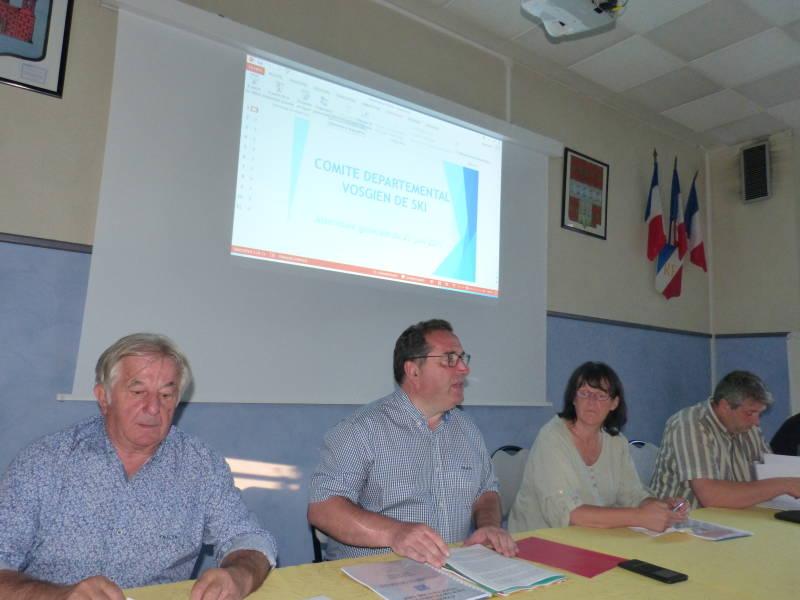 Thibaut Leduc au centre rénovateur du comité départemental