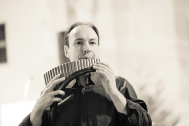 Dorian Gheorghilas.flûte de pan