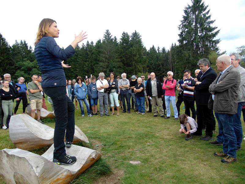 Stepahnie Rauscent a présenté cette nouvelle expo à ciel ouvert samedi matin lors du traditionnel vernissage.