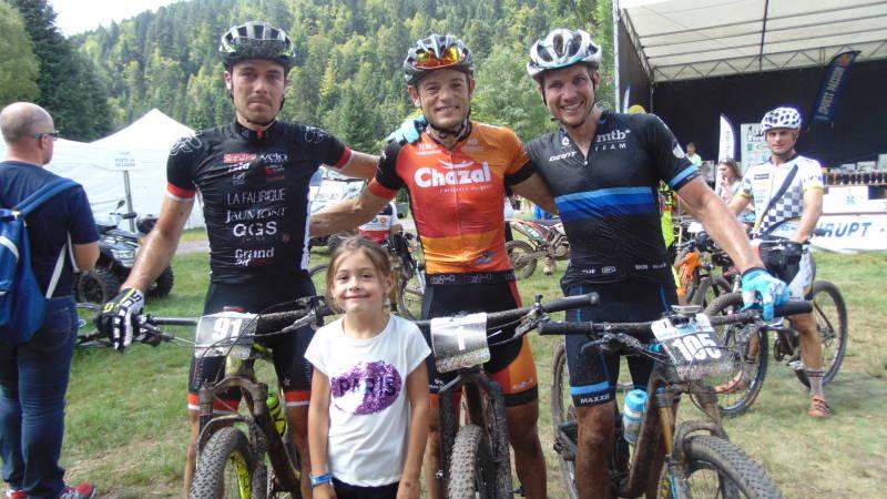 Le trio de tête du 75 km avec Pierre Crien, Steve Chainel et Sönke Wegner
