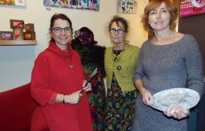 Dom, marie-Jo & Catherien vous accueilleront à la galerie tous les jours jusqu'au 6 janvier !