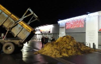 agriculteurs-supermarche-vosges5
