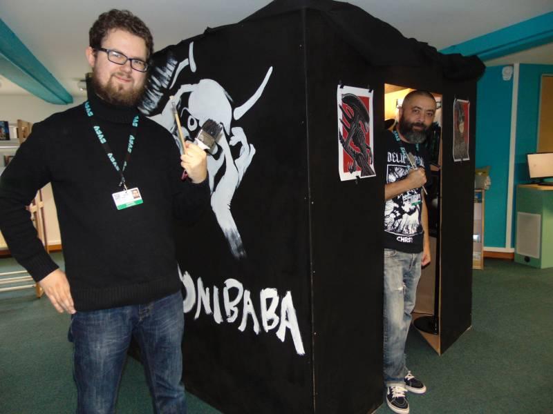Maniak et Stef W font partie des artistes qui exposent à la section audiovisuelle (3éme étage) d la médiathèque.