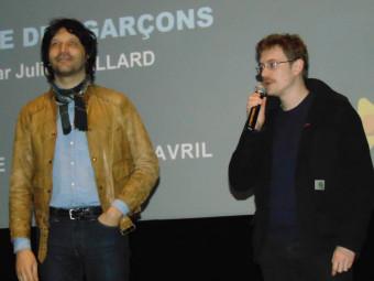 Julien hallard s'est fait un plaisir de répondre aux questions du public.