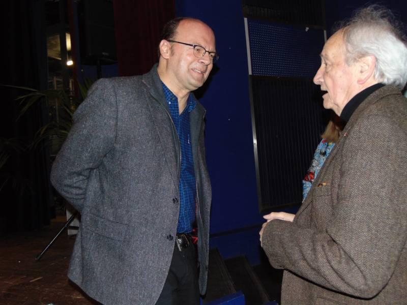 Habitué des Rencontres, le réalisateur Jean-Pierre Améris (à gauche sur le photo) a retrouvé de veilles connaissances mardi soir.