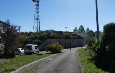 Fort-des-Adelphes-centre-commando-1