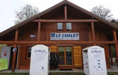 Chalet secours catholique boutique (2)