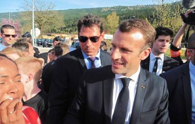 e Macron D.J