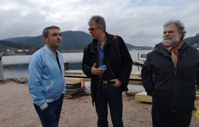Le directeur de l'office de tourisme Bruno Poizat en compagnie de l'acteur Roland Menou