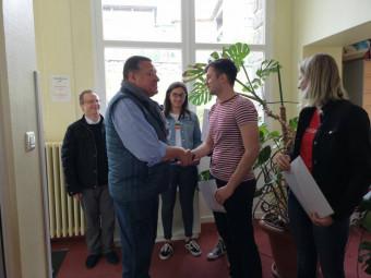 Remise des prix en compagnie de François Laubacher, le M. Loyal du Concours d'éloquence du Rotary.