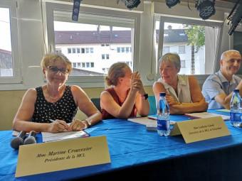 La présidente Martine Crouvezier en compagnie de la directrice Ludivine Colomb et de matrésorière Lydie Guillemain.