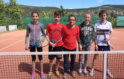 Les 4 mousquetaires en compagnie du président du TCG Yves Grossier.