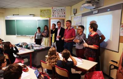 Les élus ont rendu visite aux enseignants et aux écoliers de la Perle des Vosges pour s'assurer que la rentrée se déroulait dans les meilleures conditions.