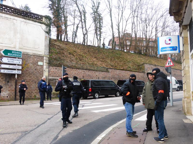 Terrorisme – Les policiers du RAID interviennent rue Victor Hugo à Epinal