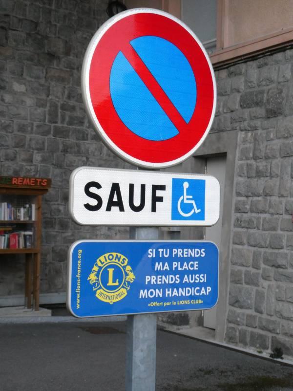 lions club panneaux handicapés (2)