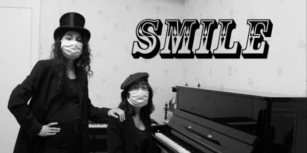 «Smile» par Anna & Sandra (vidéo)