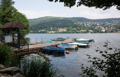le lac et le ponton des pêcheurs