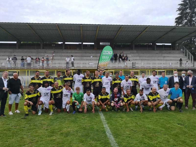 L'équipe Chanter le Foot l'emporte 4 à 2 avec un triplé de Moustapha Malek. Pour la sélection Vosges, ce sont les Gérômois Alimli (sur penalty) et Azouzou qui ont mis au fond des filets.