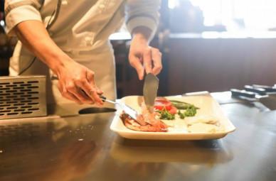 restaurant-1284351_1280-800x526