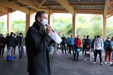 Le proviseur Laurent Belin lors de son discours d'accueil.