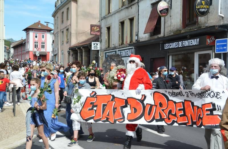 Vosges : la Marche Fleurie rassemble quelque 200 participants