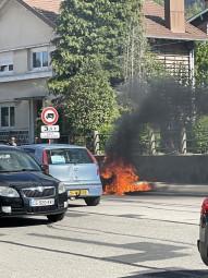 moto en feu (1)